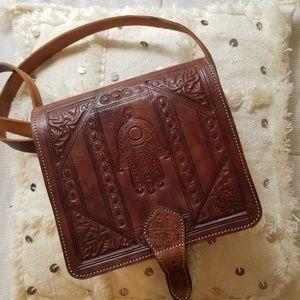 Artisanal leather bag